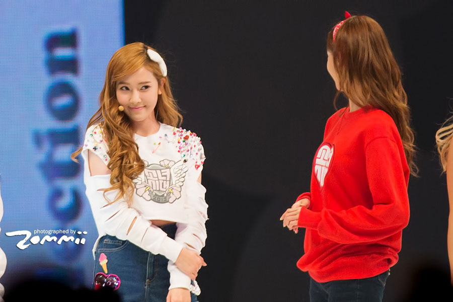 SNSD Jessica Yoona Asia Style Collection Singapore