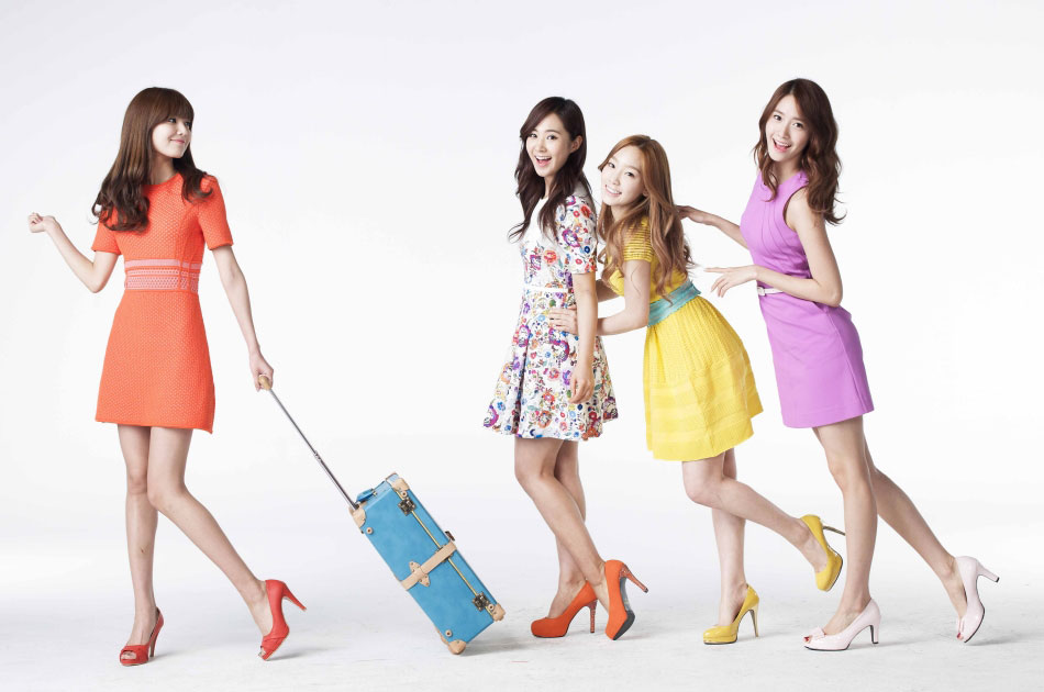 SNSD Lotte Department Store NFLYNN bags