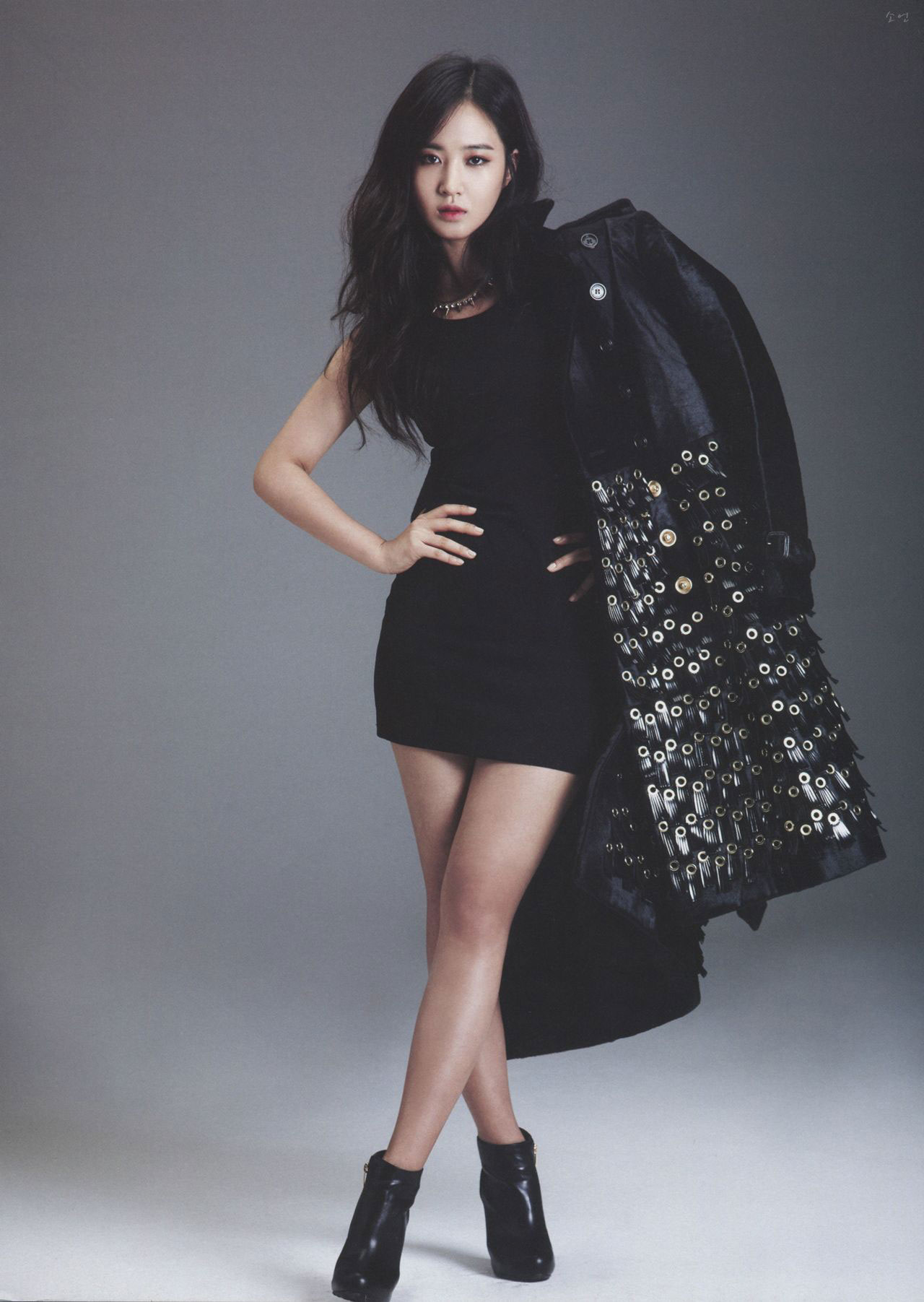 SNSD Yuri Billboard Korea Kpop Magazine