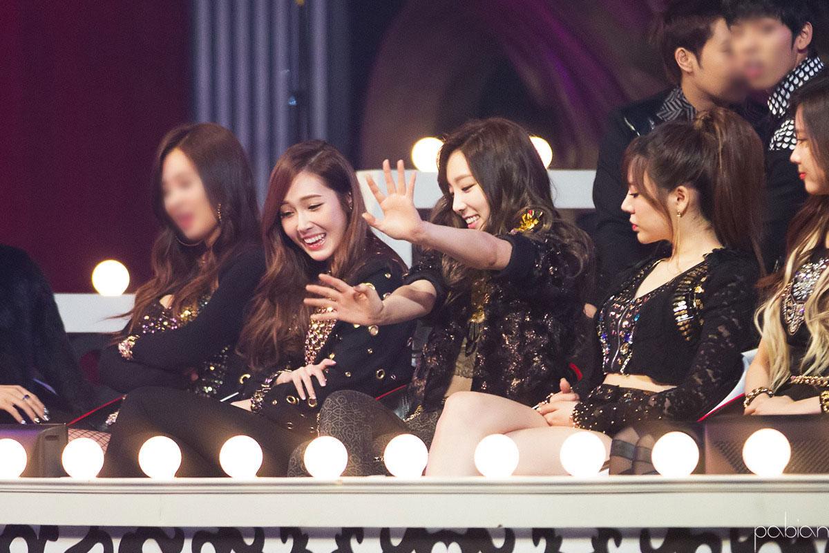 Taeyeon Jessica SBS Gayo Daejun 2013